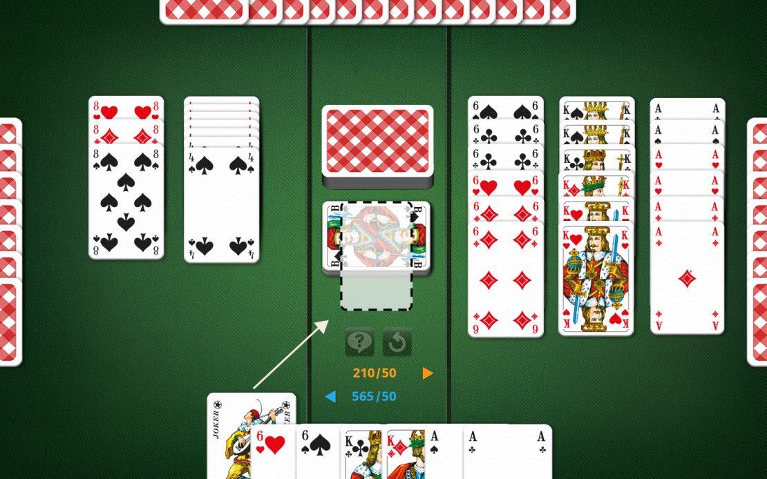 Canasta-Spielfeld mit wilder Karte zum Blockieren